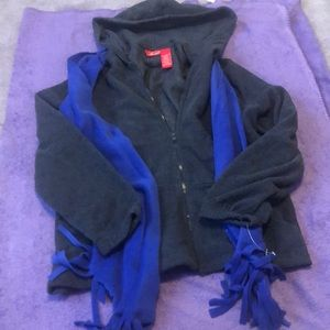 NWT Hooded fleece sweater w/hood and scarf
